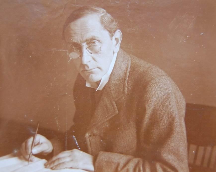Photograph of Arthur Rowntree (Headmaster 1899-1927).