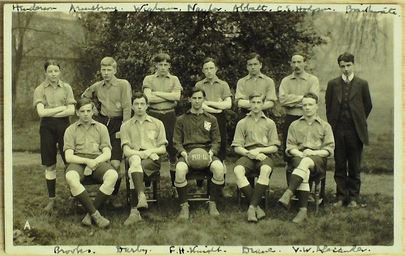 Photograph of Bootham School 1st X1, Spring 1912.