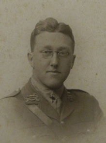 Photograph of Harold Edward Jackson in uniform.