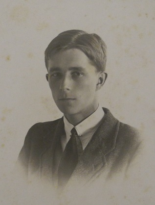 Photograph of Geoffrey Birdsall