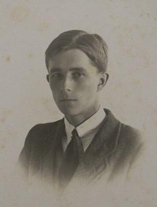 Photograph of Geoffrey Birdsall